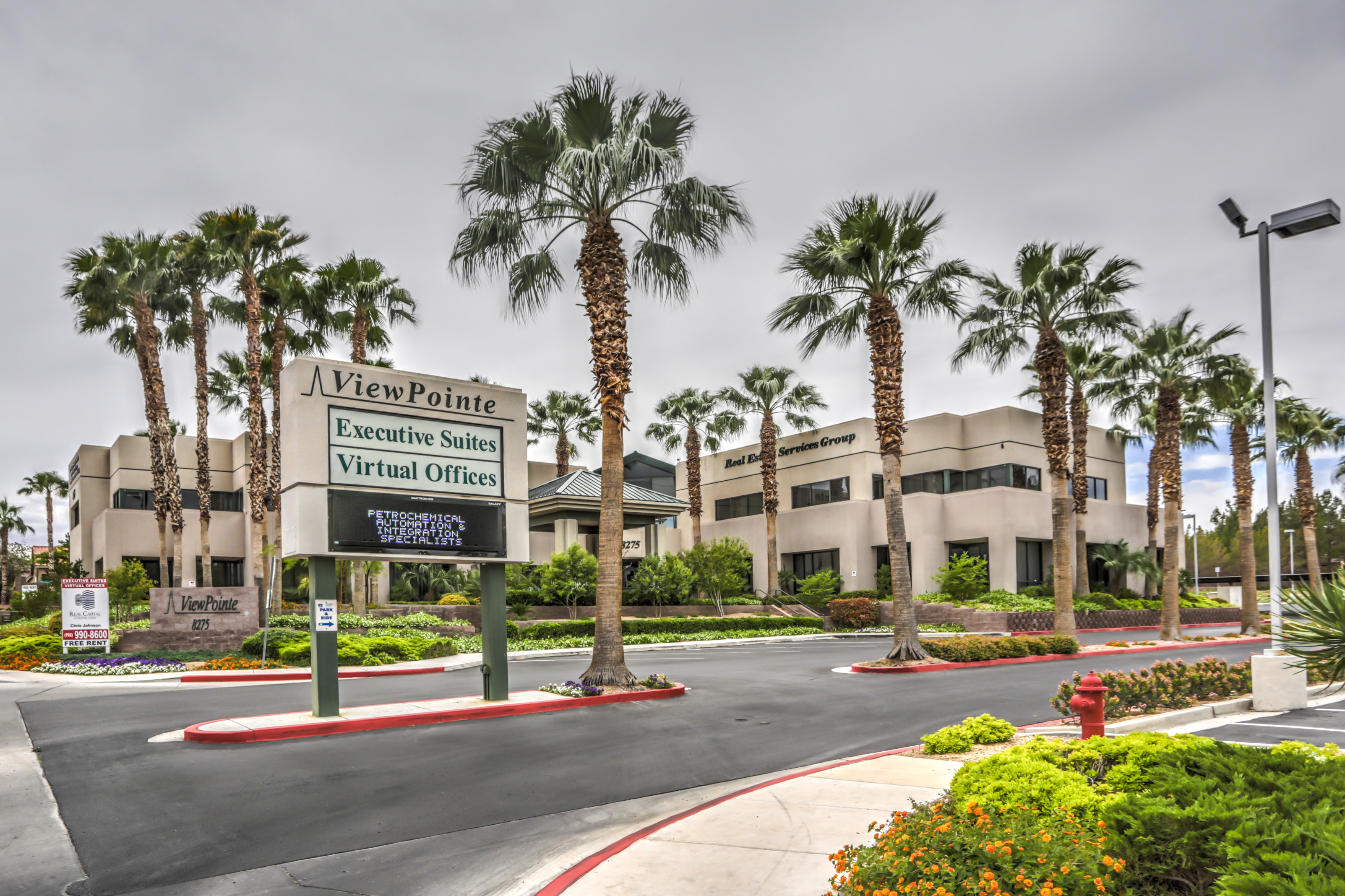 EXECUTIVE OFFICE SUITES -- Popular Solution for Business in Las Vegas!